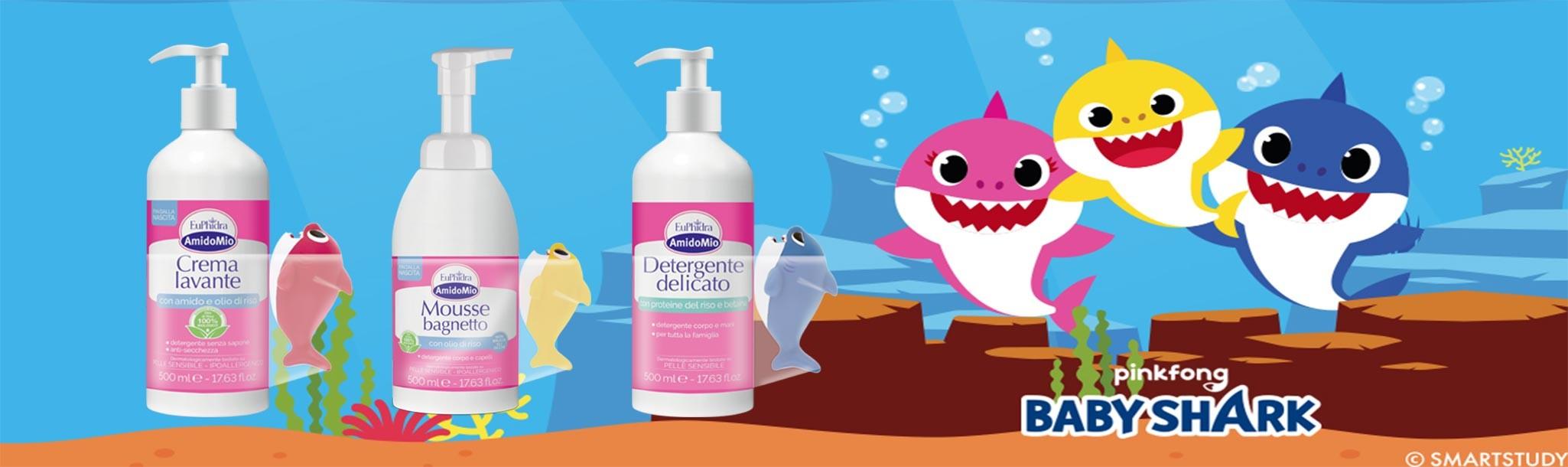 Euphidra AmidoMio regala gli originali spruzzini Baby Shark per giocare con i vostri bambini o trasformare il bagnetto in un momento di allegria.